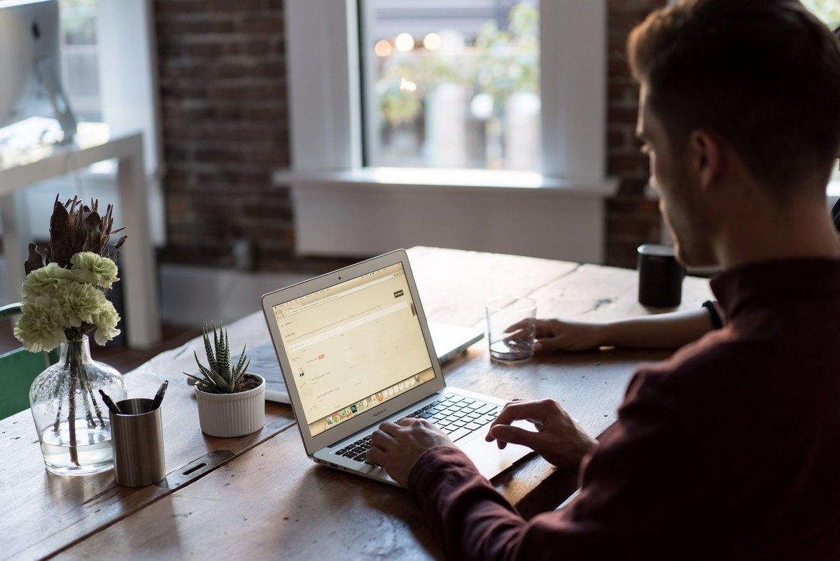 Routine im Homeoffice finden: 5 wertvolle Tipps für effektives Arbeiten