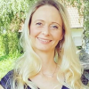Frau  Mandy Voigt